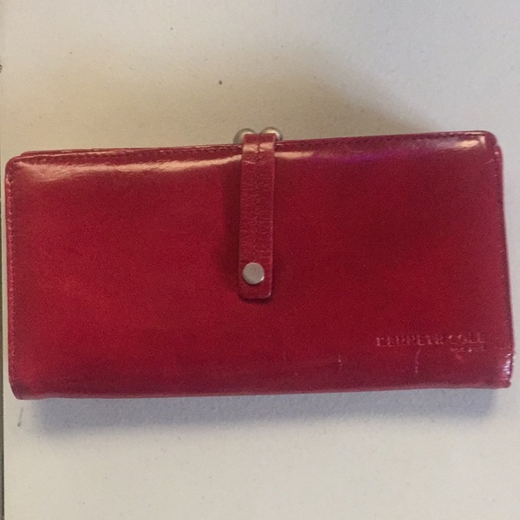 Kenneth Cole Handbags - Kenneth Cole red leather wallet